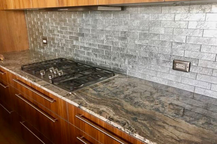 Granite vs. Quartz Countertops: A Comparative Analysis